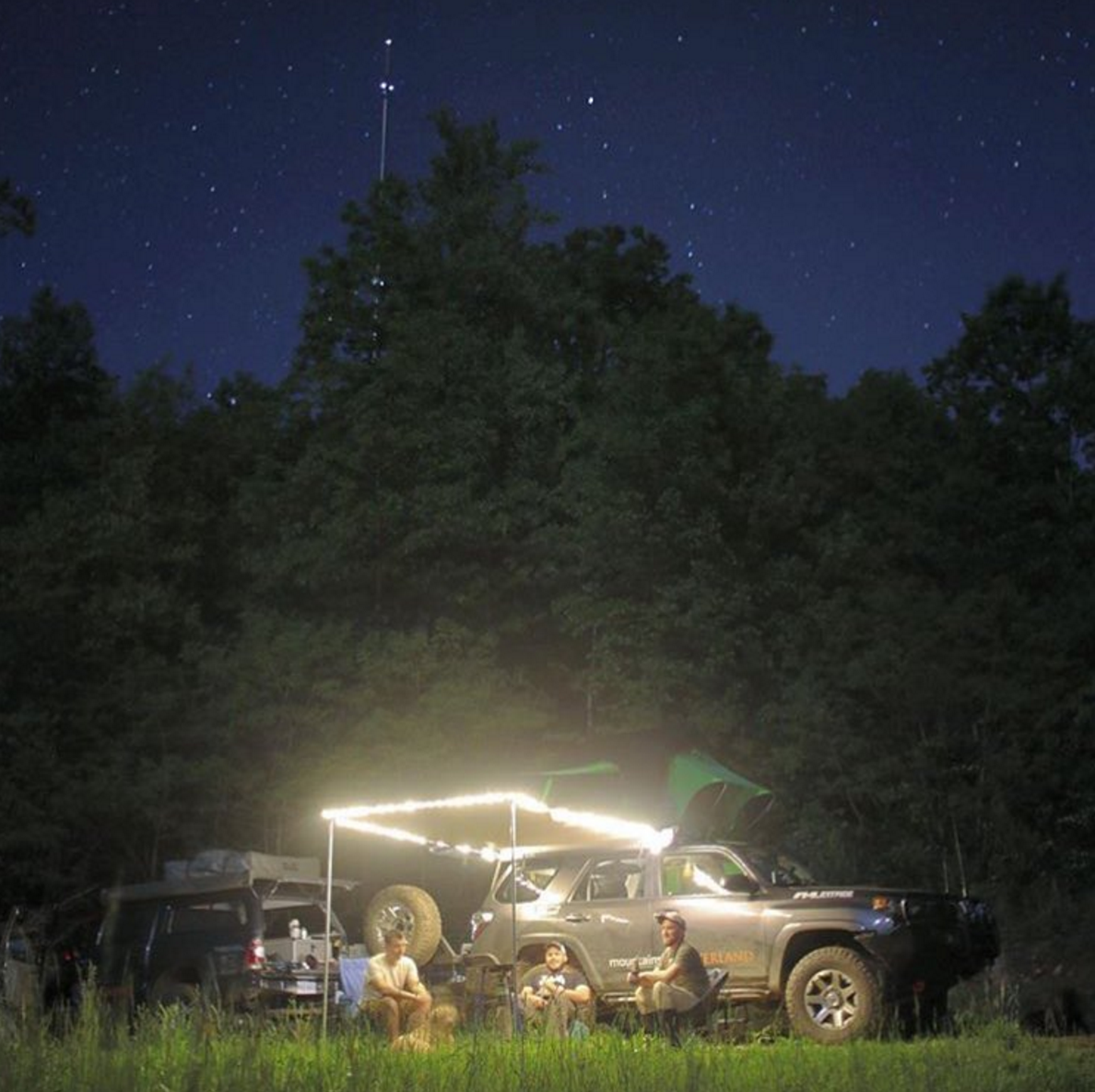 offroading-truck-mountain-state-overland